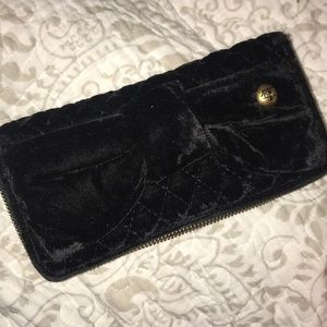 Quilted Velvet Juicy Bow Wallet